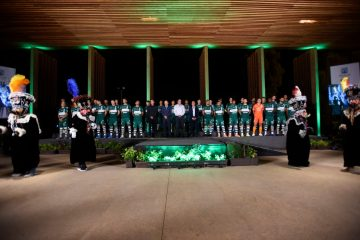 Cuauhtémoc Blanco, gobernador de Morelos, acudió como invitado especial del Club Atlético Zacatepec a la presentación oficial de los 36 jugadores.