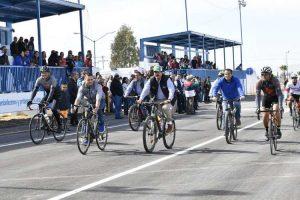 """Inauguran en Delicias ciclopista Jesús Manuel """"Bombón"""" Lozoya"""