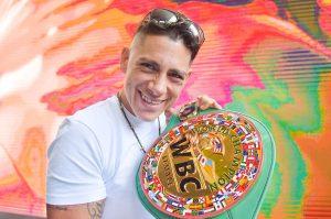 """Alejandra """"Tigre"""" Jiménez Historia pura del boxeo femenil mexicano"""