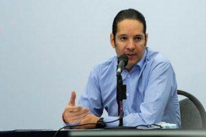 Gobernador de Querétaro también tiene COVID-19