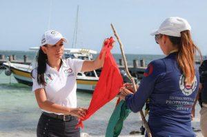 Supervisa Laura Fernández cierre de playas en Puerto Morelos por COVID-19
