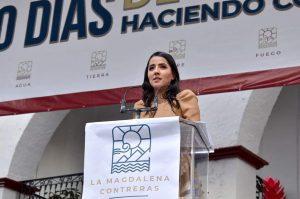 Alcaldesa de Contreras manda agua a su familia; olvida a ciudadanos