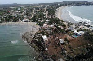 Sobrevuelan playas de Sinaloa para prevenir el COVID-19