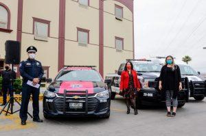 Alcaldesa de Playas de Rosarito entrega 19 patrullas