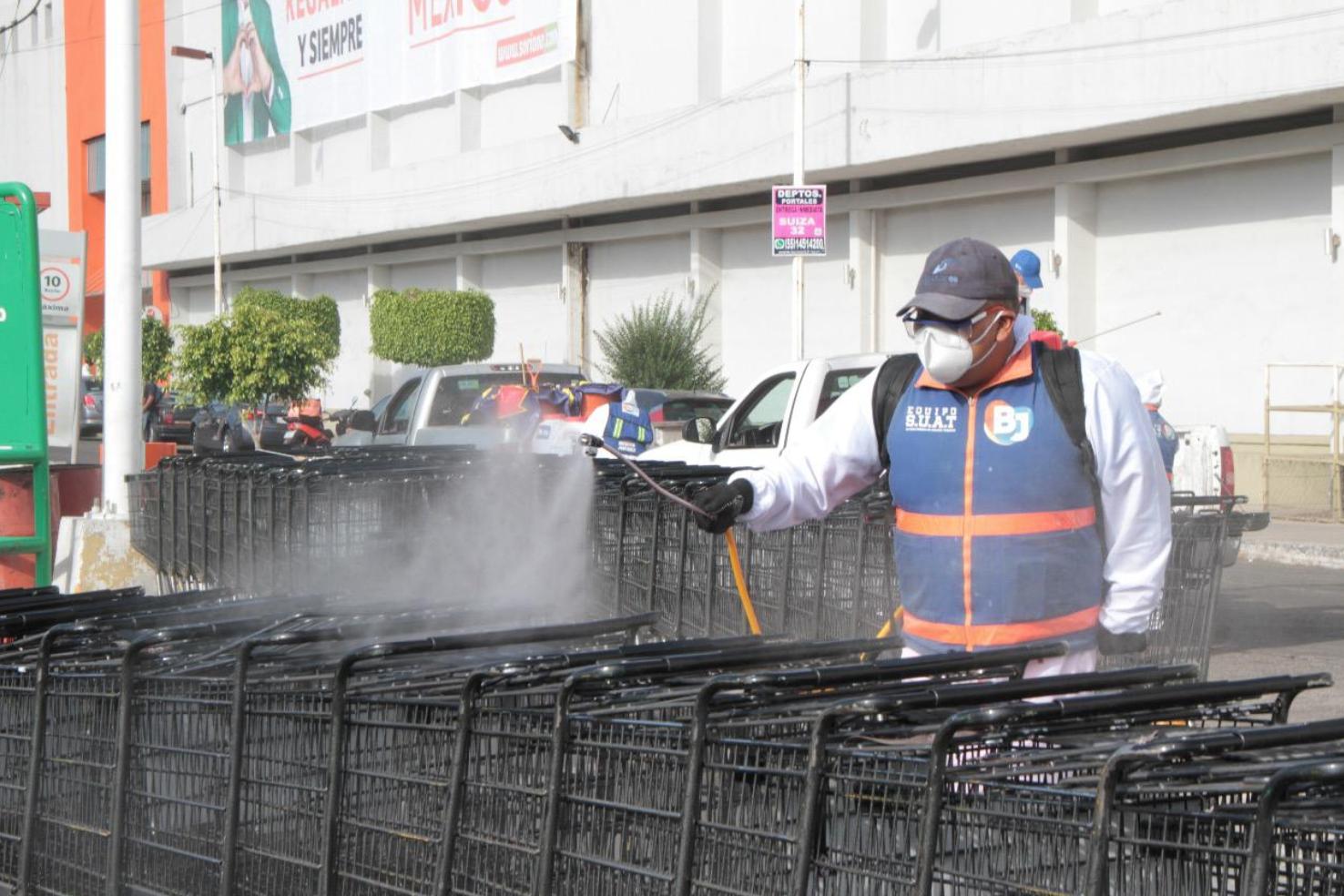 Benito Juárez sanitiza mercados y hospitales