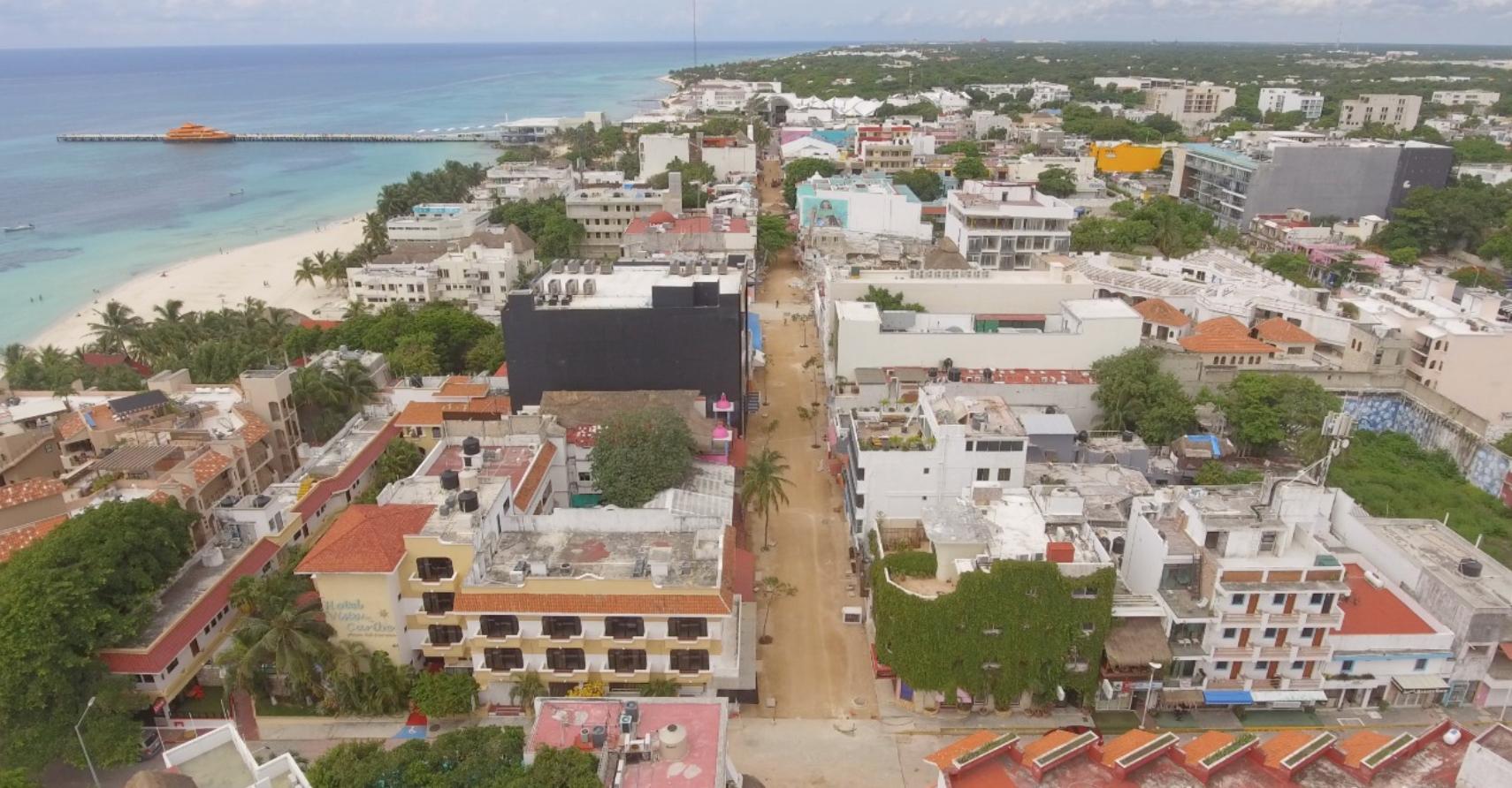 Avanza remodelación de la 5ta Avenida en Playa del Carmen