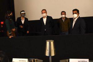Santiago Taboada recorre cines en reapertura
