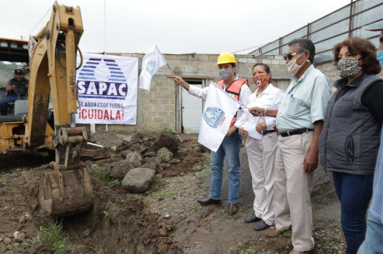 Antonio Villalobos Adán da banderazo para colocación de sistema de agua potable en Cuernavaca